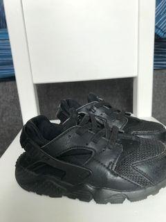Nike 黑武士 幼童鞋14cm