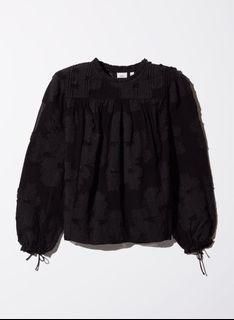 Aritzia Lourdes blouse Wilfred