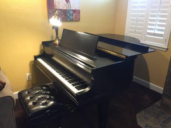 Baldwin Baby Grand Piano For Free