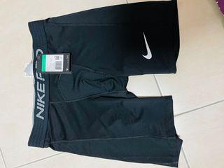 Nike pro 束褲 #防疫