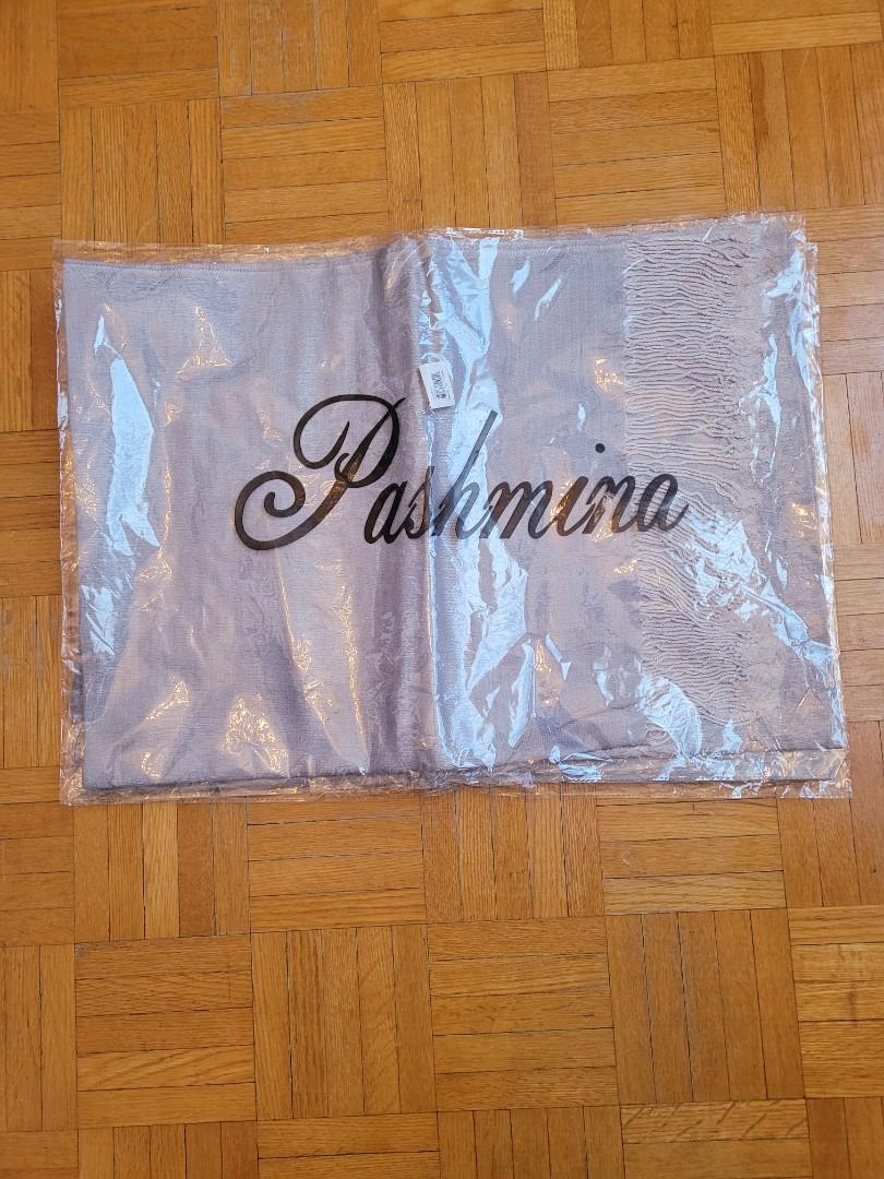 4 Pashmina scarfs
