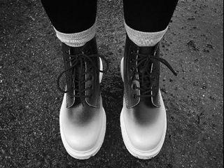 Dr.martens 101 六孔短靴