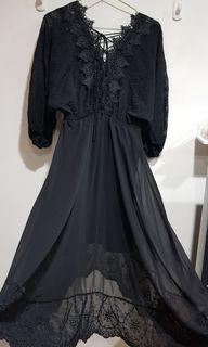 innspo後綁繩長洋裝 幾乎全新  蕾絲 飄逸感 美背