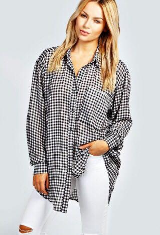 Oversized checked top