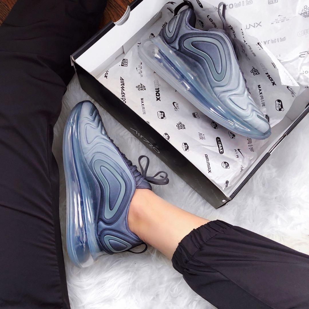 *PRICE DROP* Nike Air Max 720 Carbon Grey