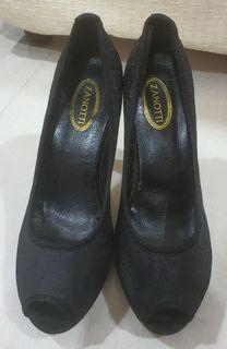 Brand New Embroidered Heels (4.5 inches high). Bought from Cambodia.