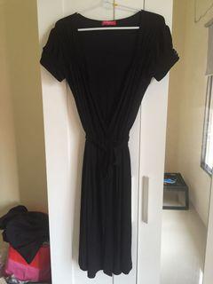 Dress hitam lilit