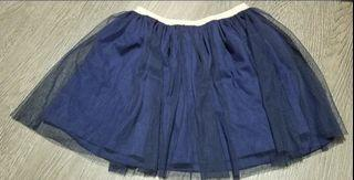 Osh Kosh B'gosh Girl's skirt. New and bought in USA. Size 8.