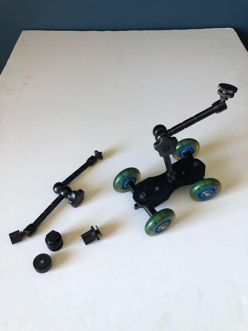 Dolly slider for small cameras