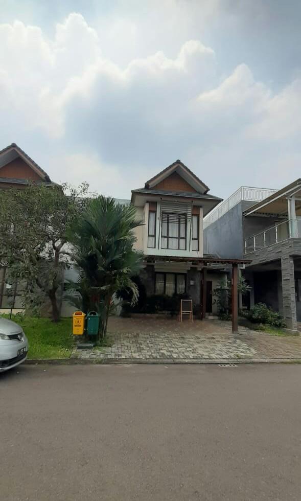 Rumah Cluster Di BSD