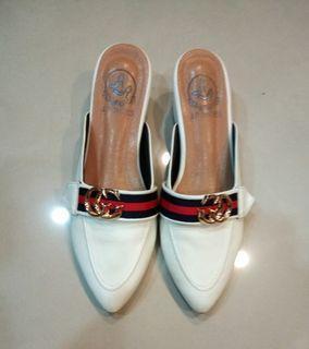 前包鞋(中低粗跟鞋)