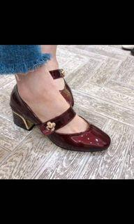 轉售( ᵒ̴̶̷̥́ _ᵒ̴̶̷̣̥̀ ) blanco by korea 復古 小花 金邊 跟鞋 #換季