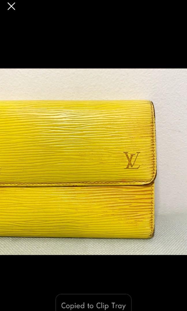 Louis Vuitton wallet. Authentic!