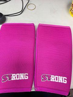 Slingshot 超級訓練 STrong 深蹲護膝 S號購自於水肥哥#支持