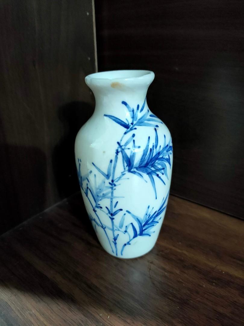古董小瓶子
