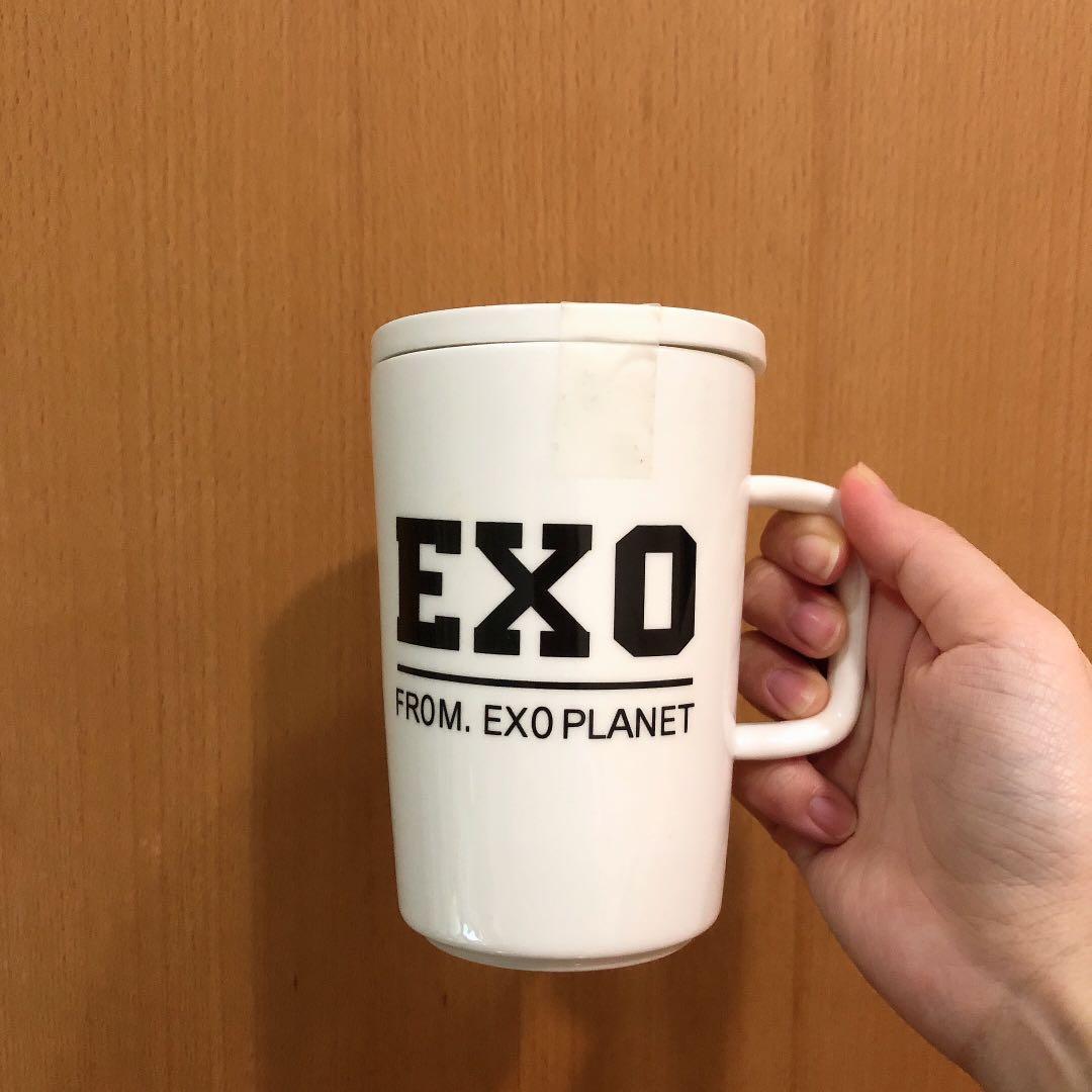 全新❤️ 現貨 閒置品 exo 馬克杯 杯子 附湯匙