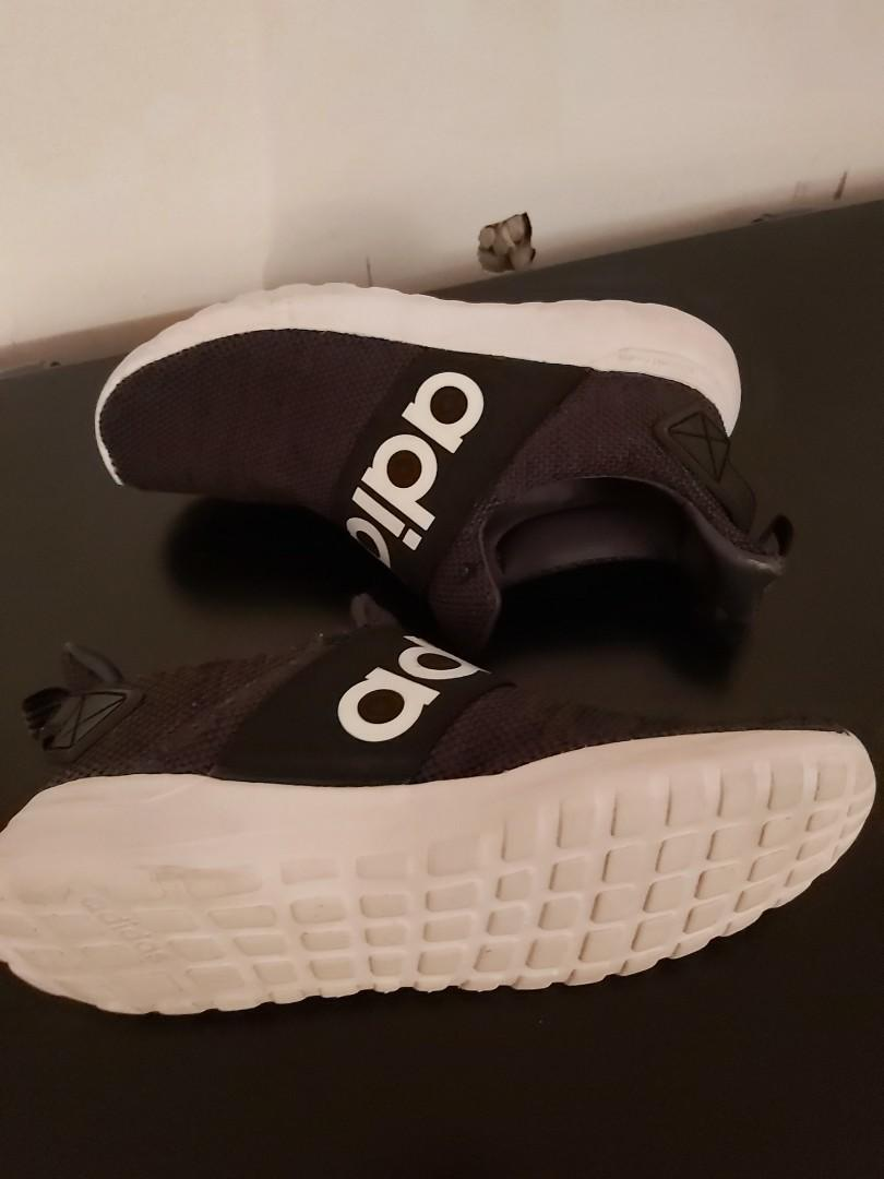Adidas Girl's size 4y running shoes black