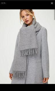 Aritzia Wilfred classic wool scarf BLACK rectangle