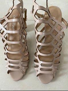 Heels cantik