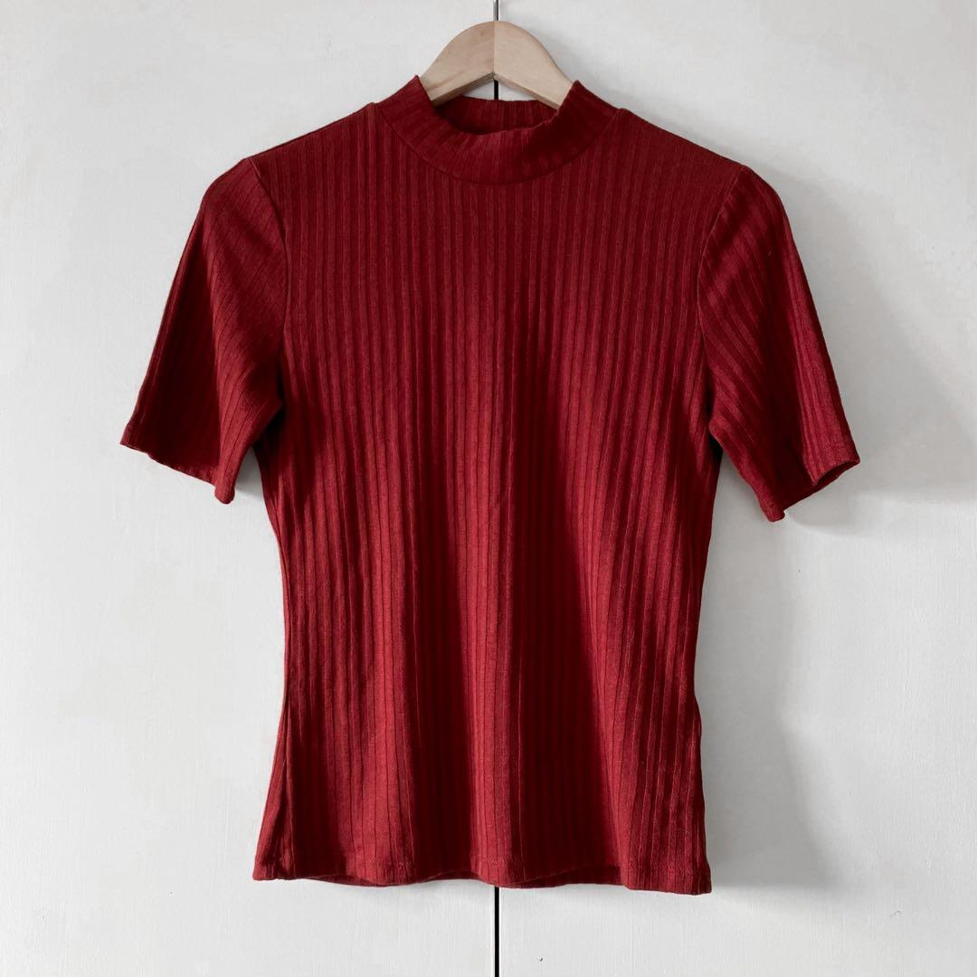 h&m burgundy ribbed top