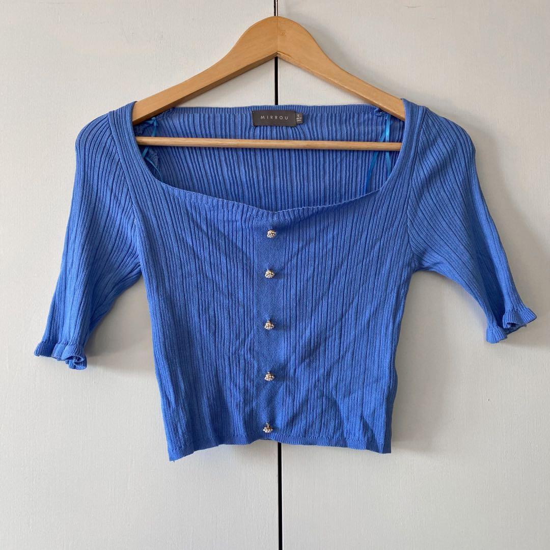 mirrou blue crop top
