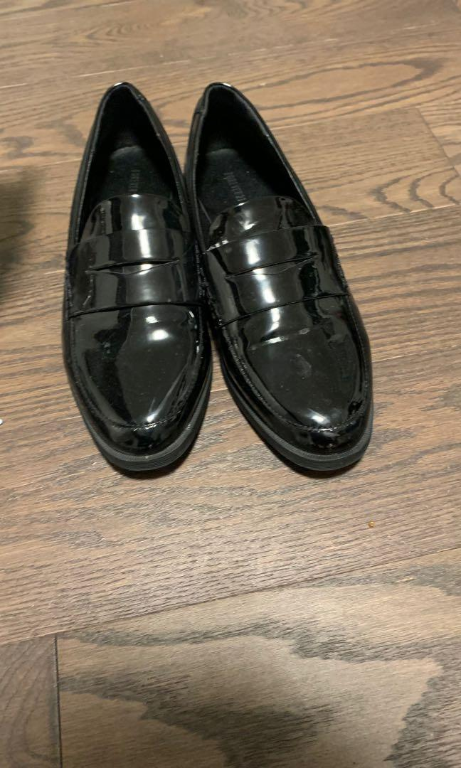 Dressy shoes size 8