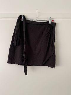 Glassons tie wrap skirt