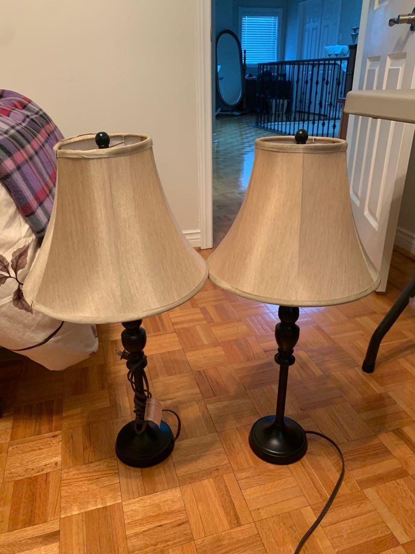 Lamps with 2 Lightbulbs Included
