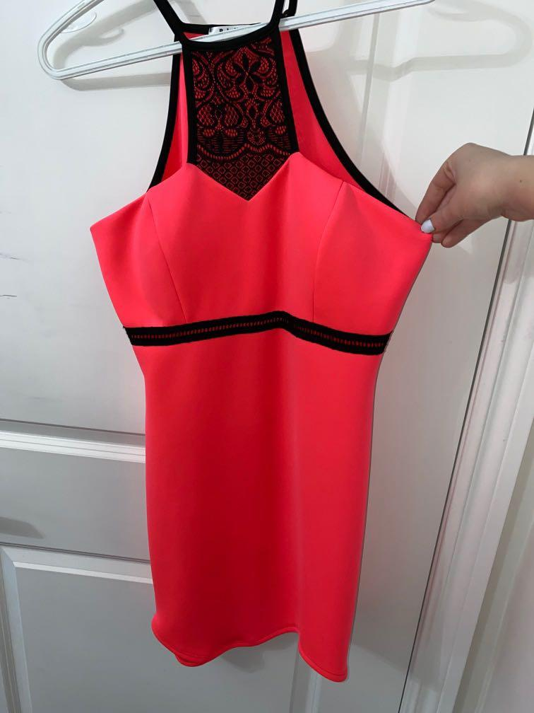 Mendocino M Highlighter Pink Lace Dress