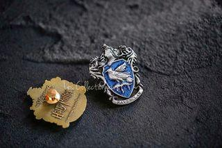 NEW RAVENCLAW Glitter Badge Pin Brooch Harry Potter School of Hogwarts House Brooches
