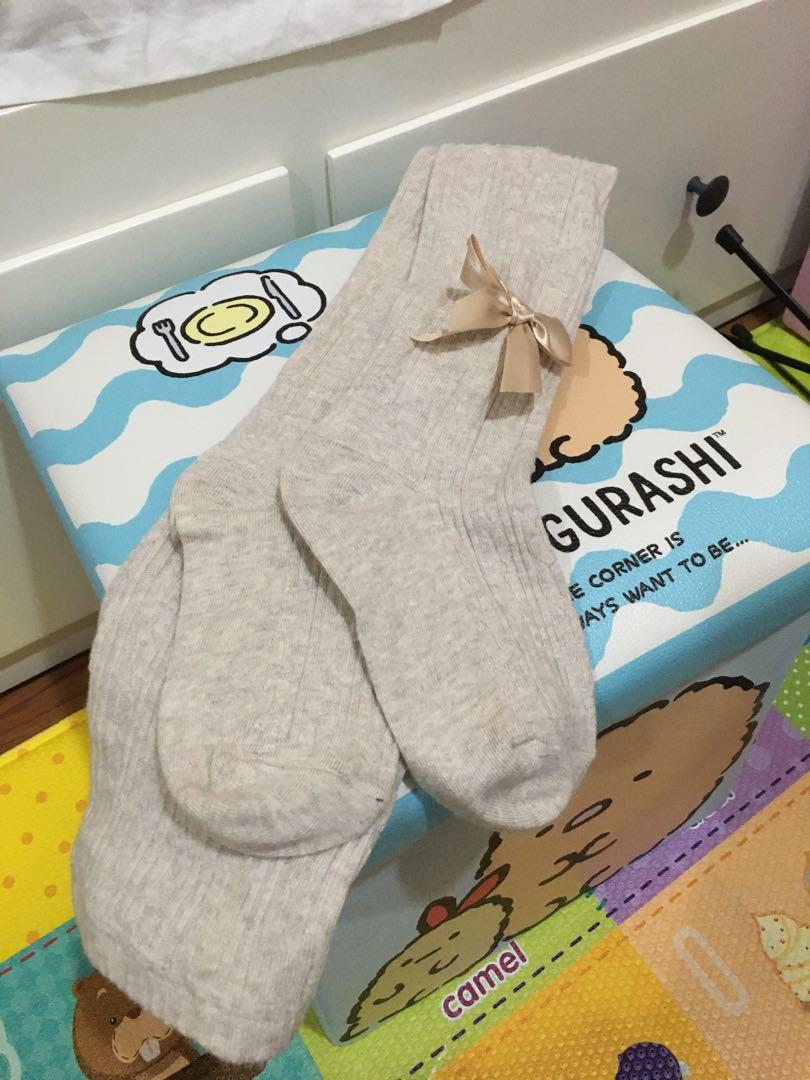 冬季米灰色毛褲襪(蝴蝶結)