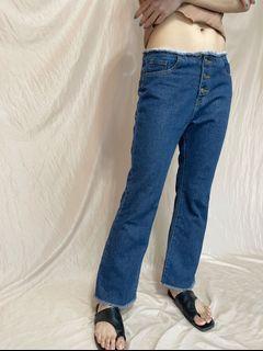 直筒喇叭牛仔褲
