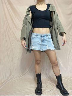 牛仔短裙/淺色