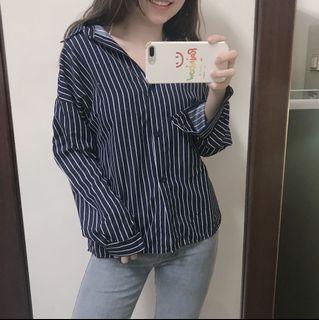 深藍條紋襯衫