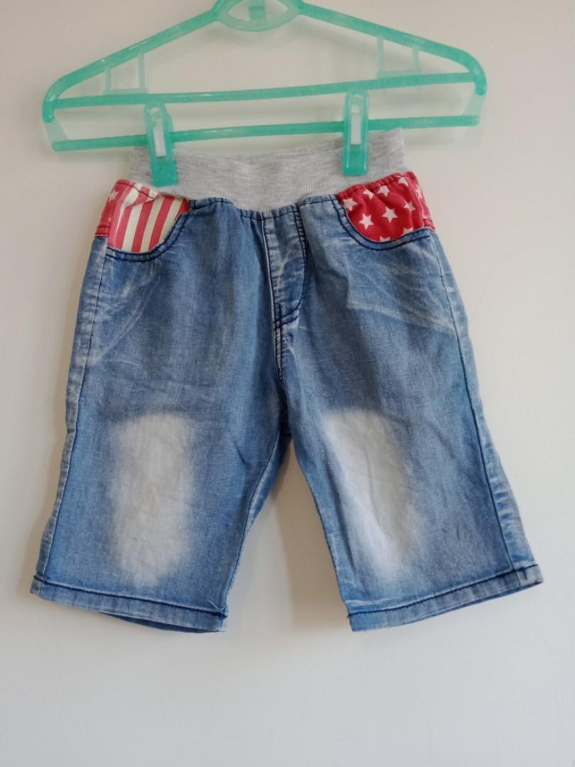 紅色星星刷白牛仔褲