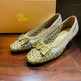 龍笛 (蔡孟夏)優雅貴氣大方@金銀編織水鑽蝴蝶結 高跟鞋 岳母裝 媽媽裝 婚鞋