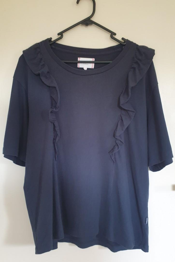 Lower navy frill top