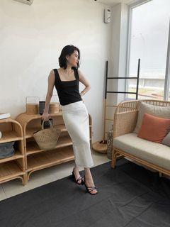 Satin Skirt Rok  black & white hitam & putih