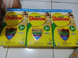Susu Formula Dancow 3+