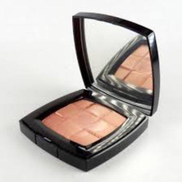 Chanel Highlighter for eyes and cheeks on sale!