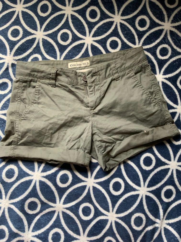 Cielo shorts