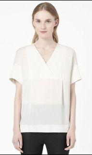 COS V neck Loose Off White Top
