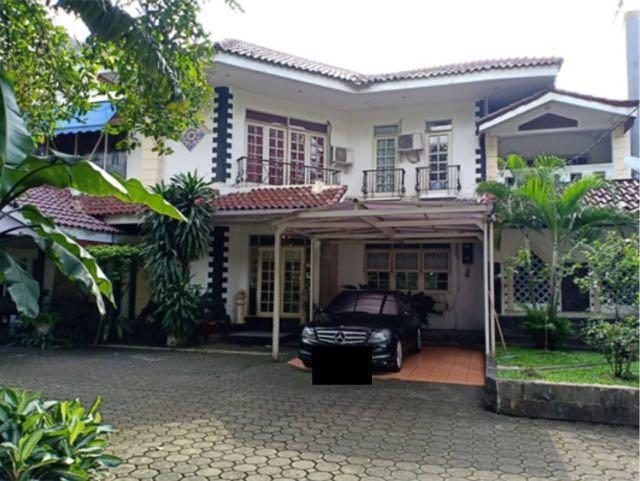 Dijual Murah Rumah Swimming Pool Mewah ( HITUNG TANAH SAJA ) Halaman Luas Terawat Siap Huni Dijalan Raya Antasari Cilandak Barat Jakarta Selatan