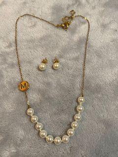 Misaki pearl earrings and necklace