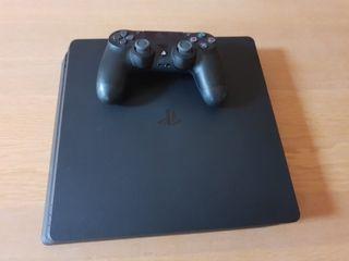 PlayStation 4 Slim 500GB with games