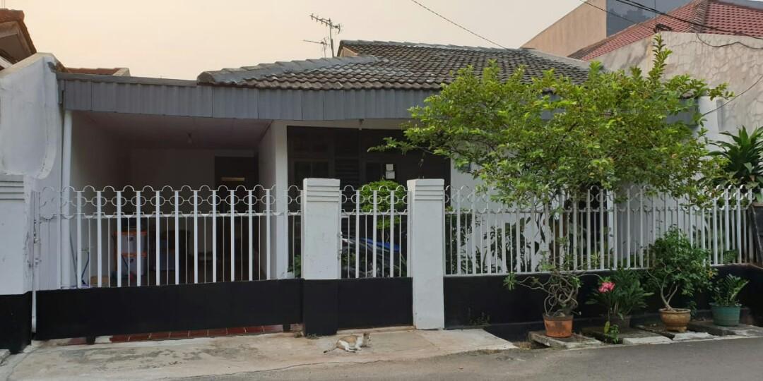 Rumah scondary Akses jalan : 2 mobil  Di Perumahan Pondok Kopi Dekat RS.Islam Pdk Kopi , Jakarta Timur