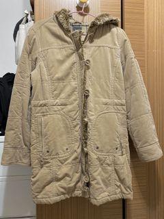 Bossini卡其鋪棉大衣