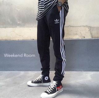 Adidas Superstar 三線 縮口褲 運動長褲 黑 正品(s)