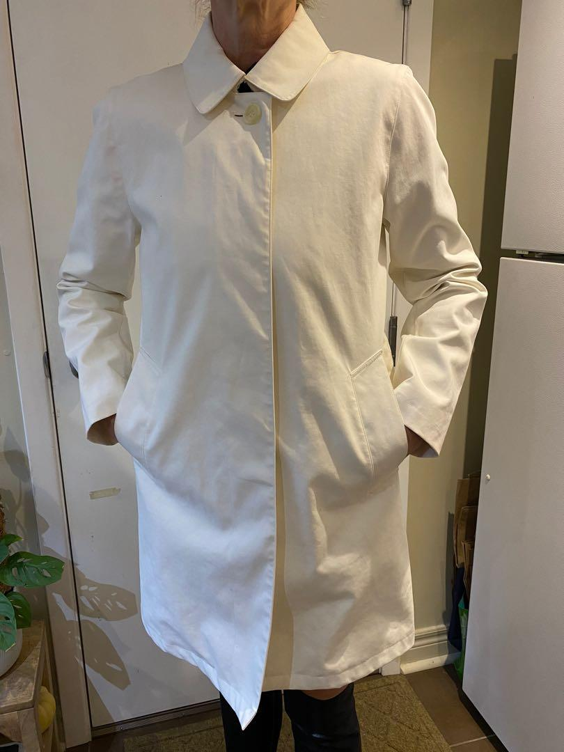 BURBERRY white trench coat - AUTHENTIC!