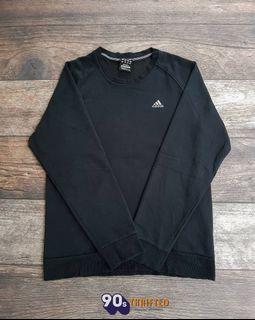 Crewneck Adidas Size : M  PxL : 69x55 Harga : Dm